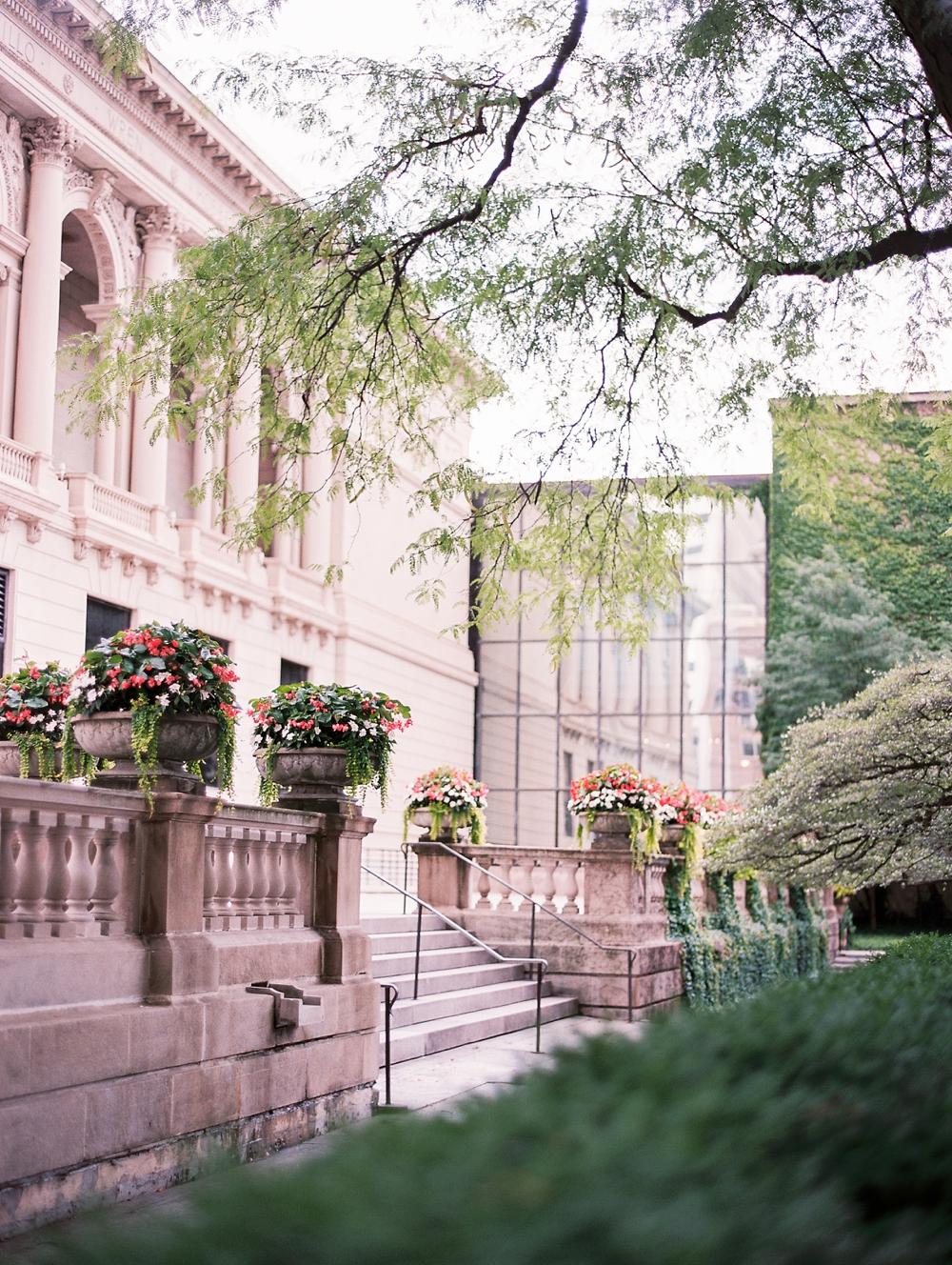 Kristin-La-Voie-Photography-Chicago-Wedding-Photographer-Art-Institute-Fine-Art-Film-Top-Photographer-62