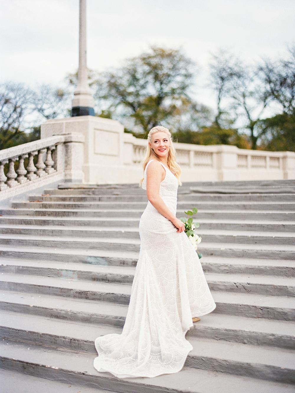 kristin-la-voie-photography-chicago-Wedding-Photographer-kimpton-gray-hotel-214