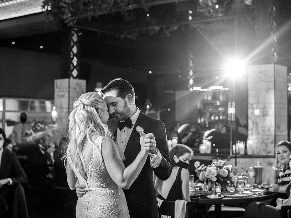 kristin-la-voie-photography-chicago-Wedding-Photographer-kimpton-gray-hotel-224