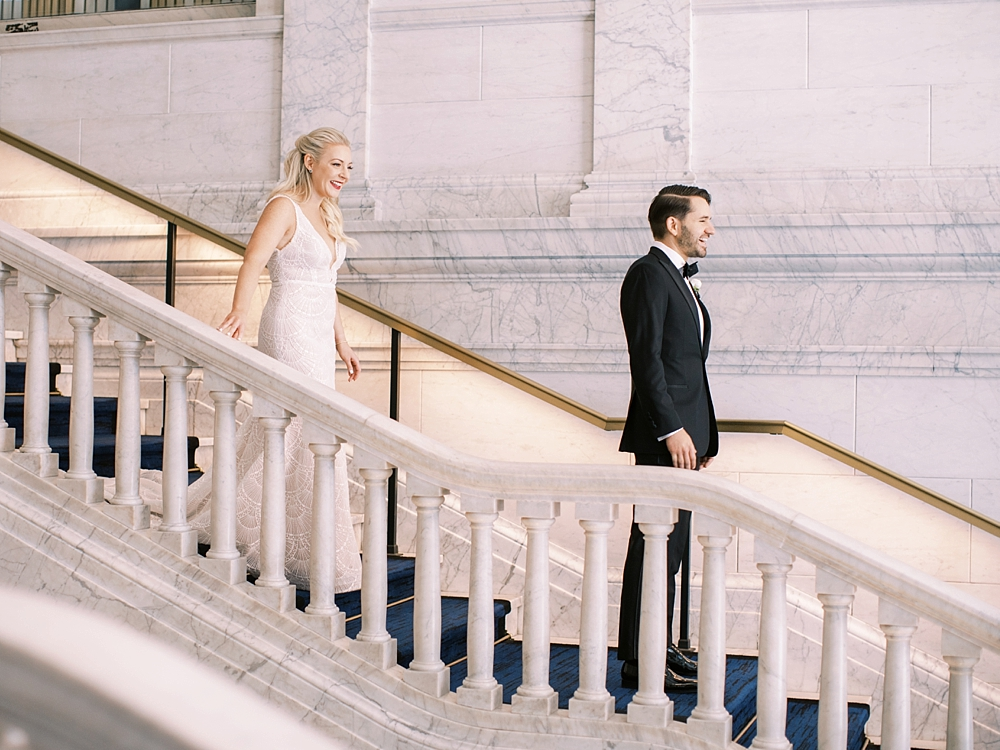 kristin-la-voie-photography-chicago-Wedding-Photographer-kimpton-gray-hotel-273