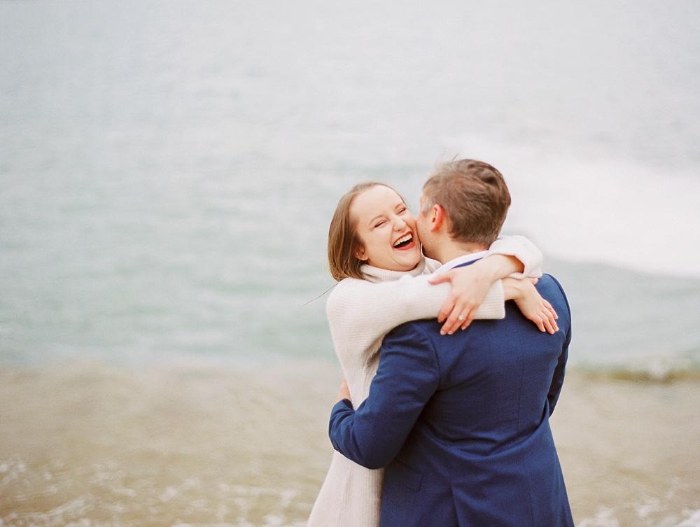 kristin-la-voie-photography-chicago-Wedding-Photographer-museum-campus-adler-planetarium-engagement-46