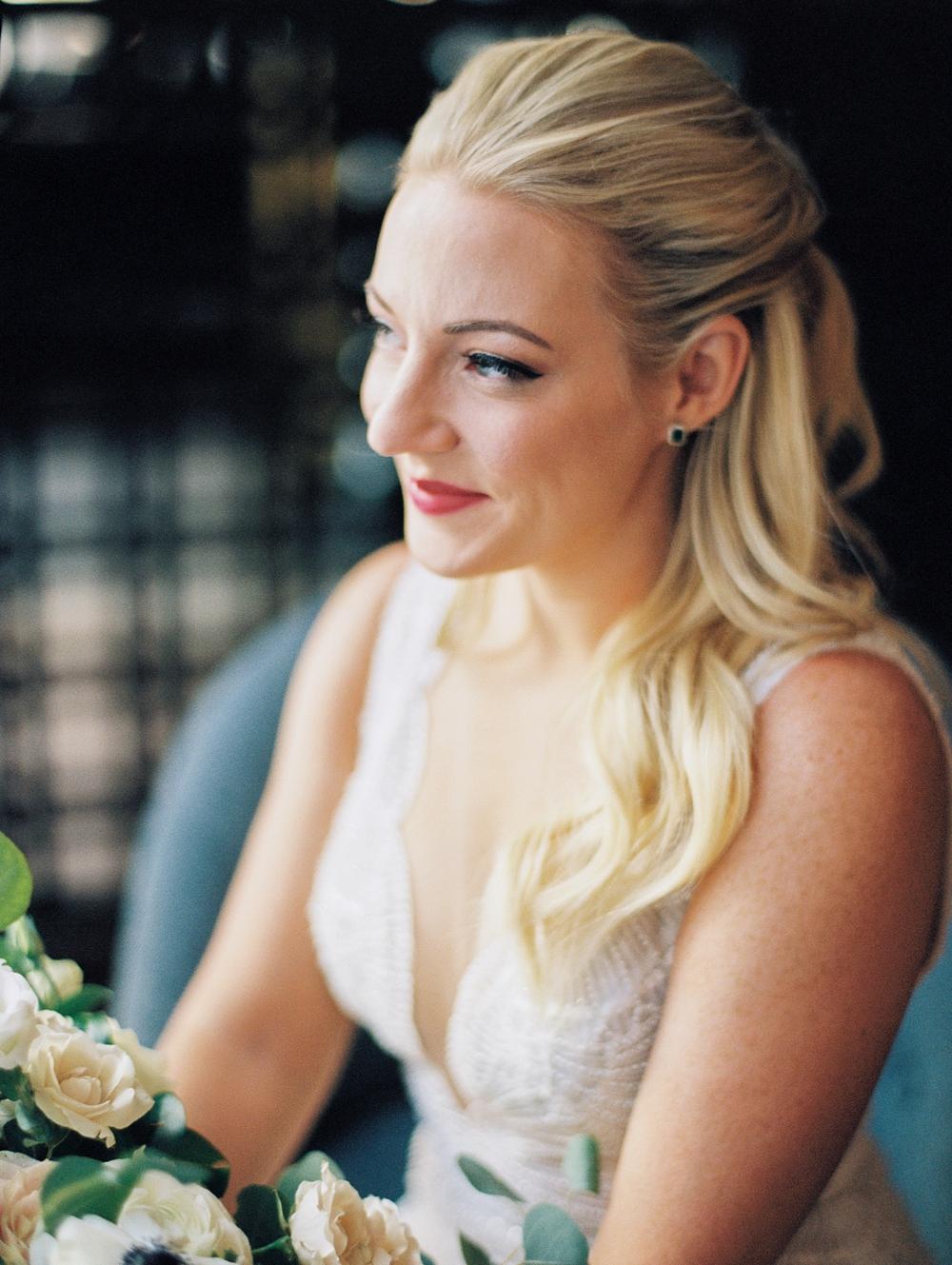 kristin-la-voie-photography-chicago-Wedding-Photographer-kimpton-gray-hotel-140