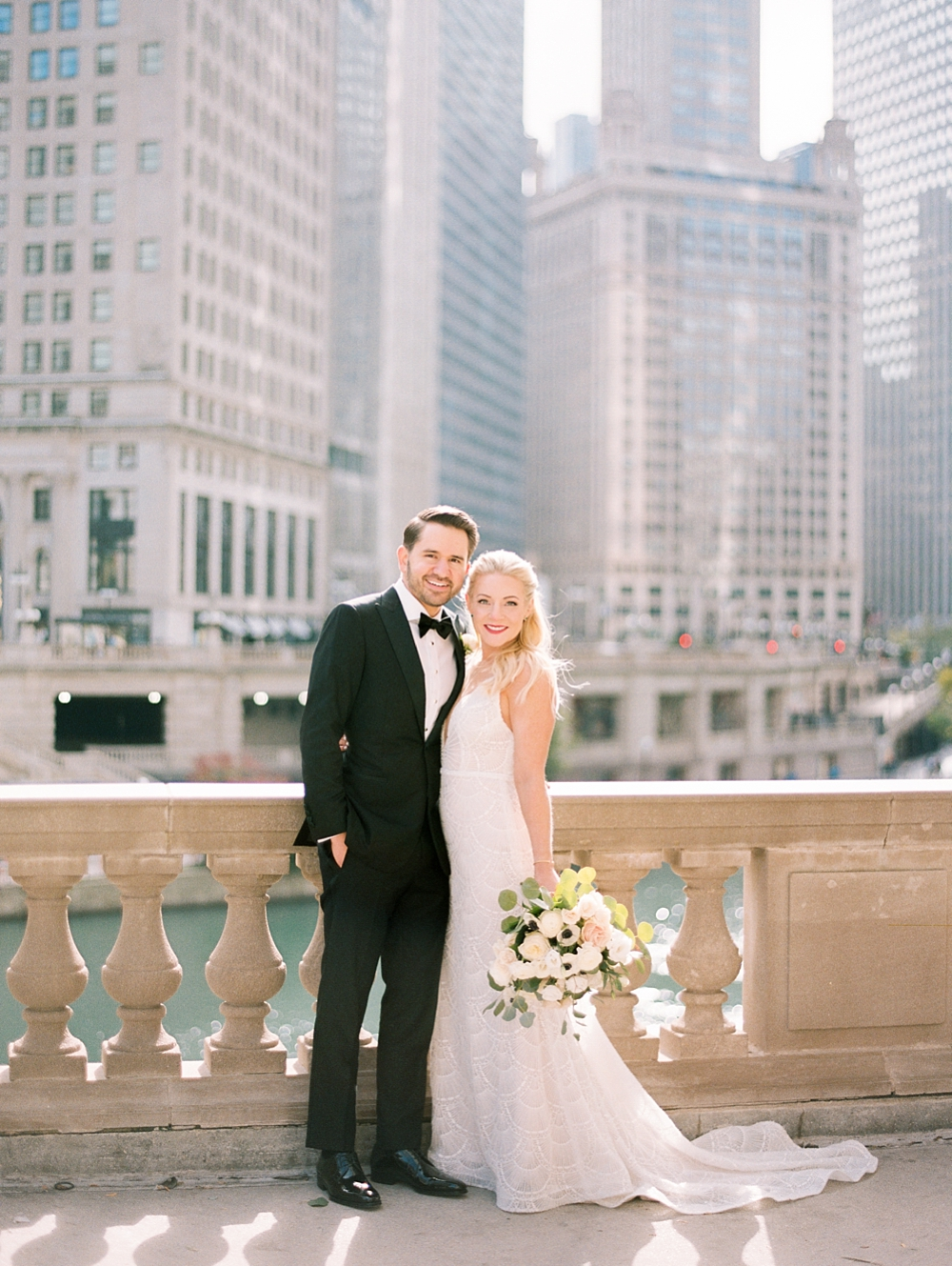 kristin-la-voie-photography-chicago-Wedding-Photographer-kimpton-gray-hotel-16