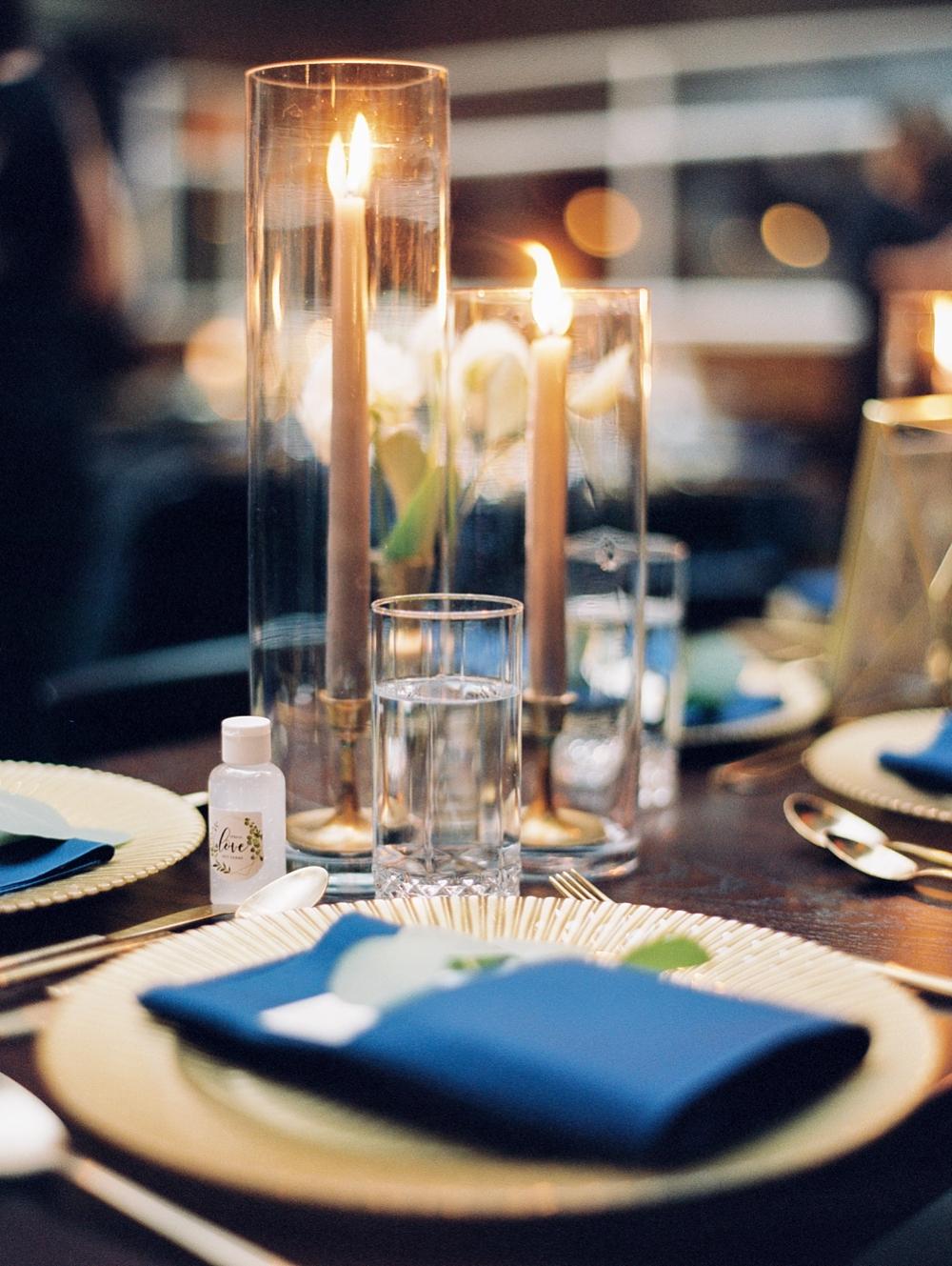 kristin-la-voie-photography-chicago-Wedding-Photographer-kimpton-gray-hotel-17
