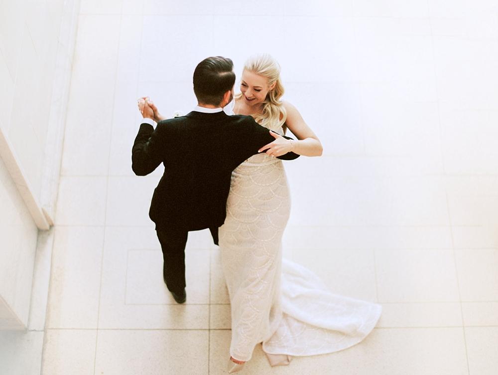 kristin-la-voie-photography-chicago-Wedding-Photographer-kimpton-gray-hotel-23