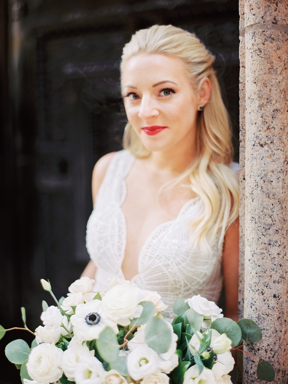 kristin-la-voie-photography-chicago-Wedding-Photographer-kimpton-gray-hotel-4