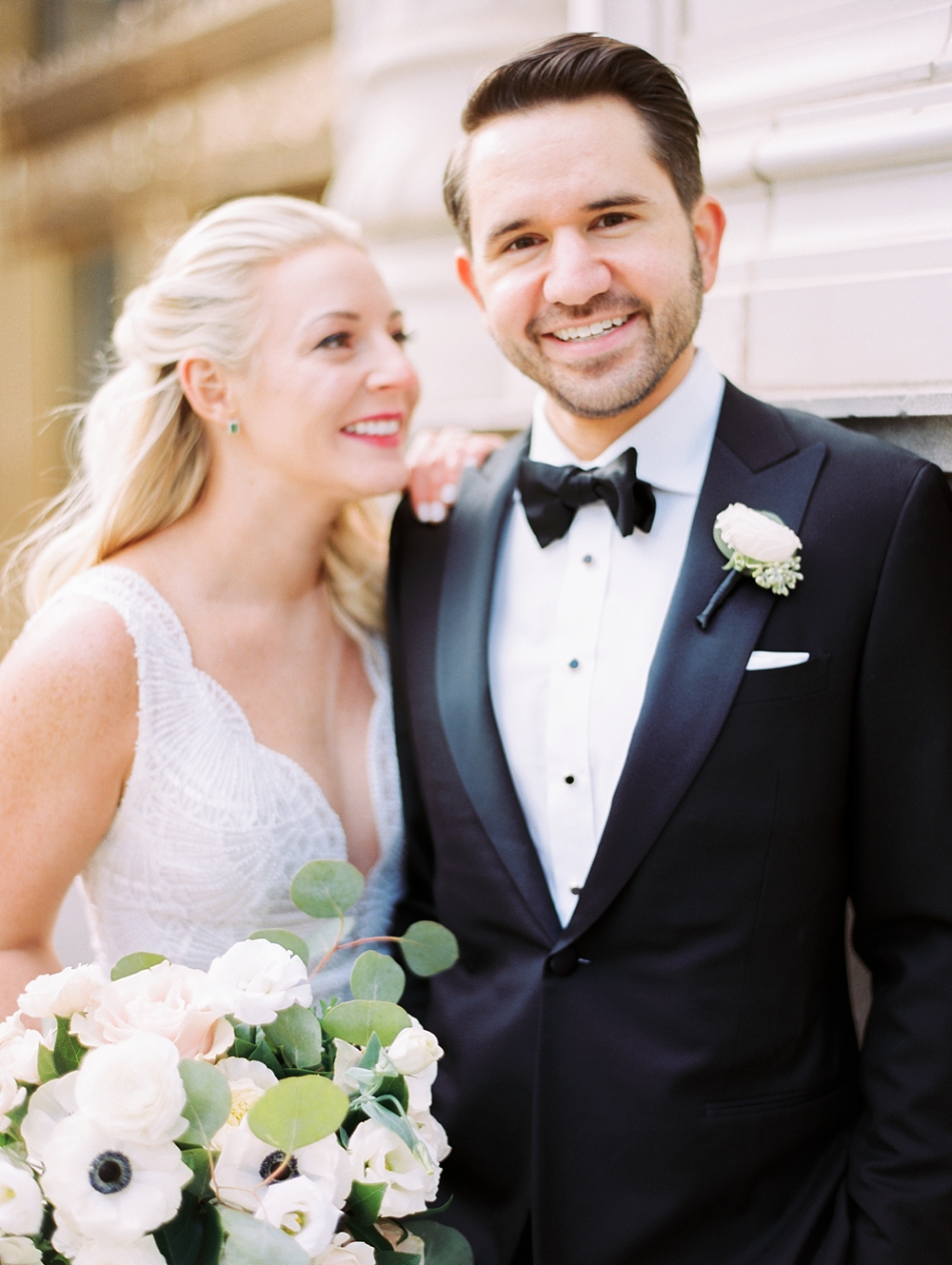 kristin-la-voie-photography-chicago-Wedding-Photographer-kimpton-gray-hotel-48