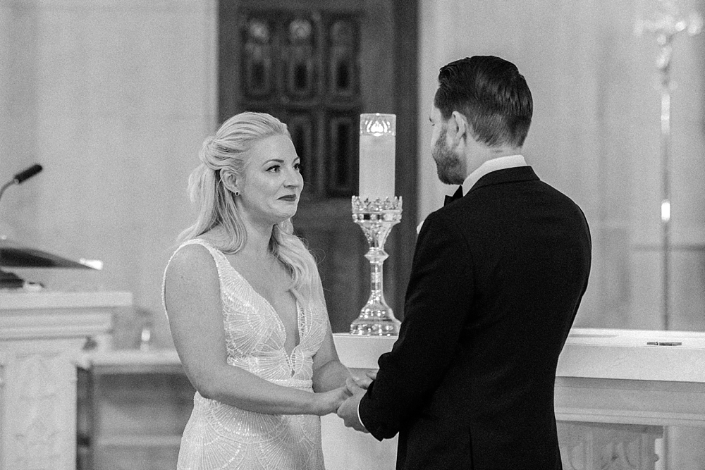 kristin-la-voie-photography-chicago-Wedding-Photographer-kimpton-gray-hotel-71