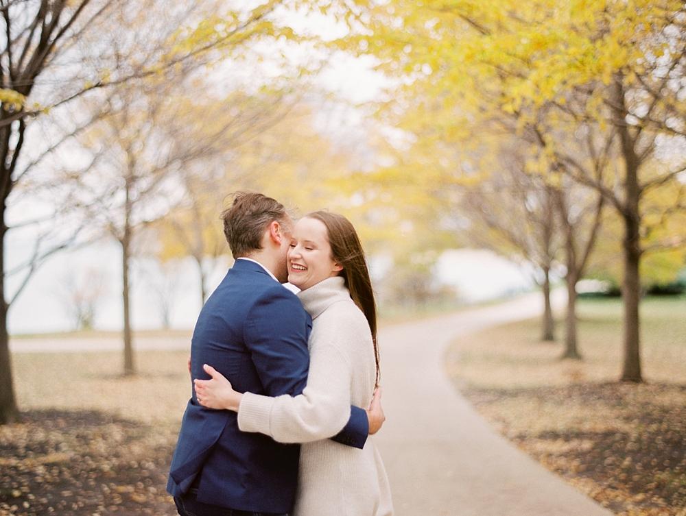 kristin-la-voie-photography-chicago-Wedding-Photographer-museum-campus-adler-planetarium-engagement-72