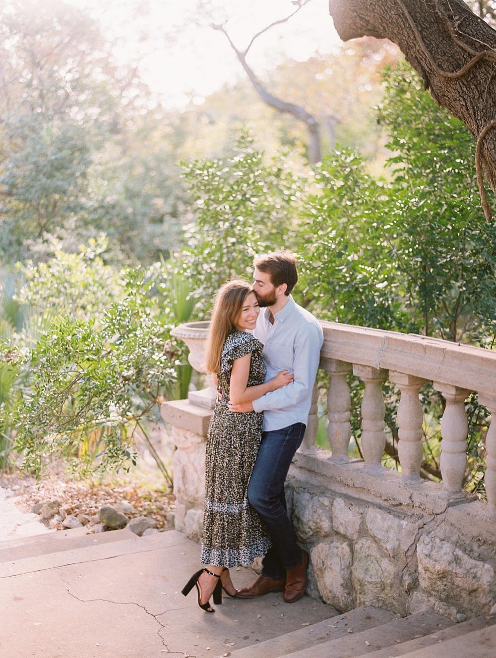 kristin-la-voie-photography-Austin-Wedding-Photographer-laguna-gloria-commodore-perry-estate-engagement-105