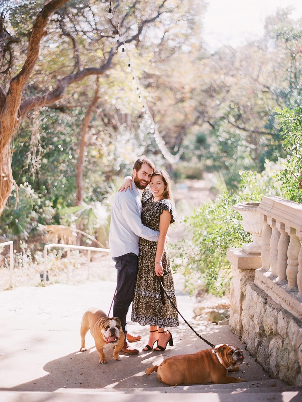 kristin-la-voie-photography-Austin-Wedding-Photographer-laguna-gloria-commodore-perry-estate-engagement-18