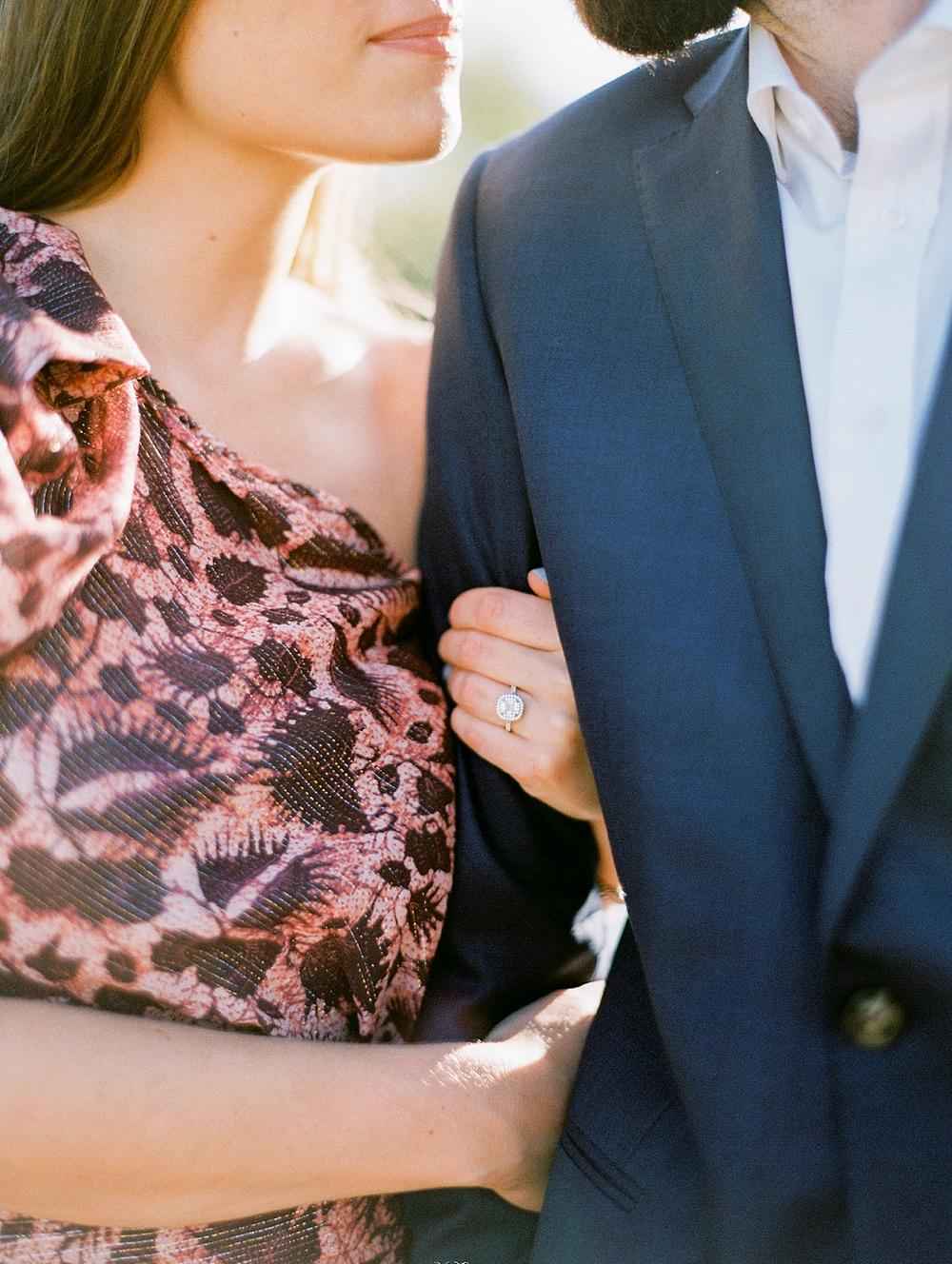 kristin-la-voie-photography-Austin-Wedding-Photographer-laguna-gloria-commodore-perry-estate-engagement-202
