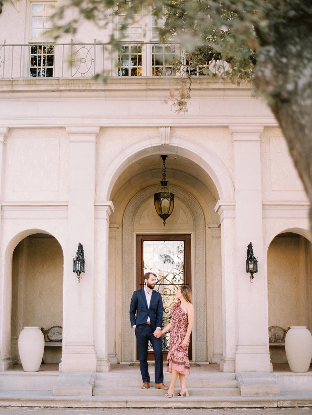 kristin-la-voie-photography-Austin-Wedding-Photographer-laguna-gloria-commodore-perry-estate-engagement-26