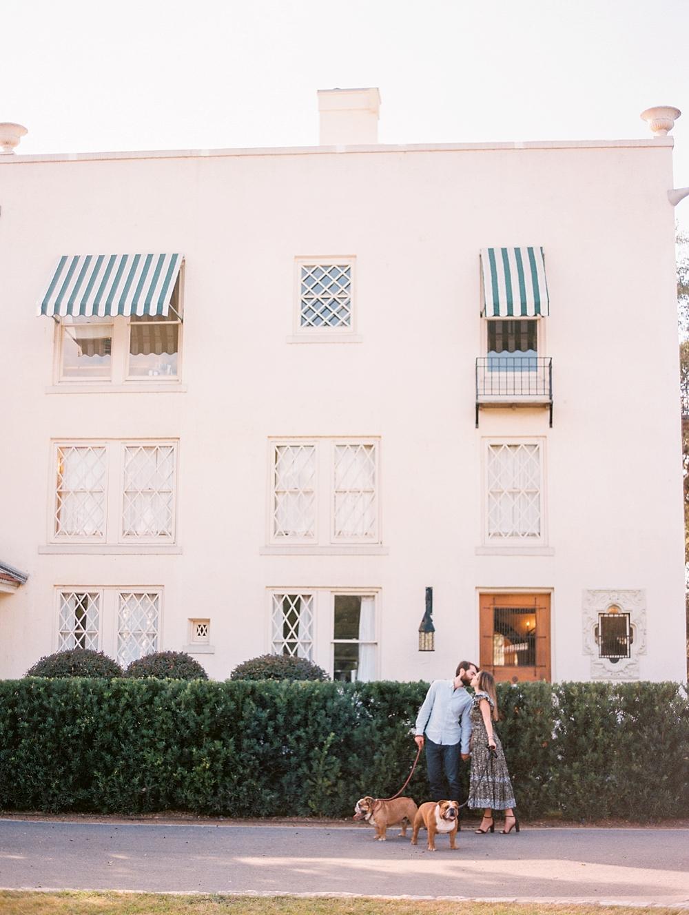 kristin-la-voie-photography-Austin-Wedding-Photographer-laguna-gloria-commodore-perry-estate-engagement-44