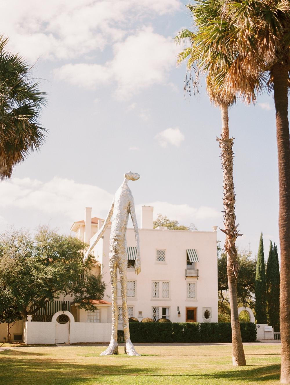 kristin-la-voie-photography-Austin-Wedding-Photographer-laguna-gloria-commodore-perry-estate-engagement-74