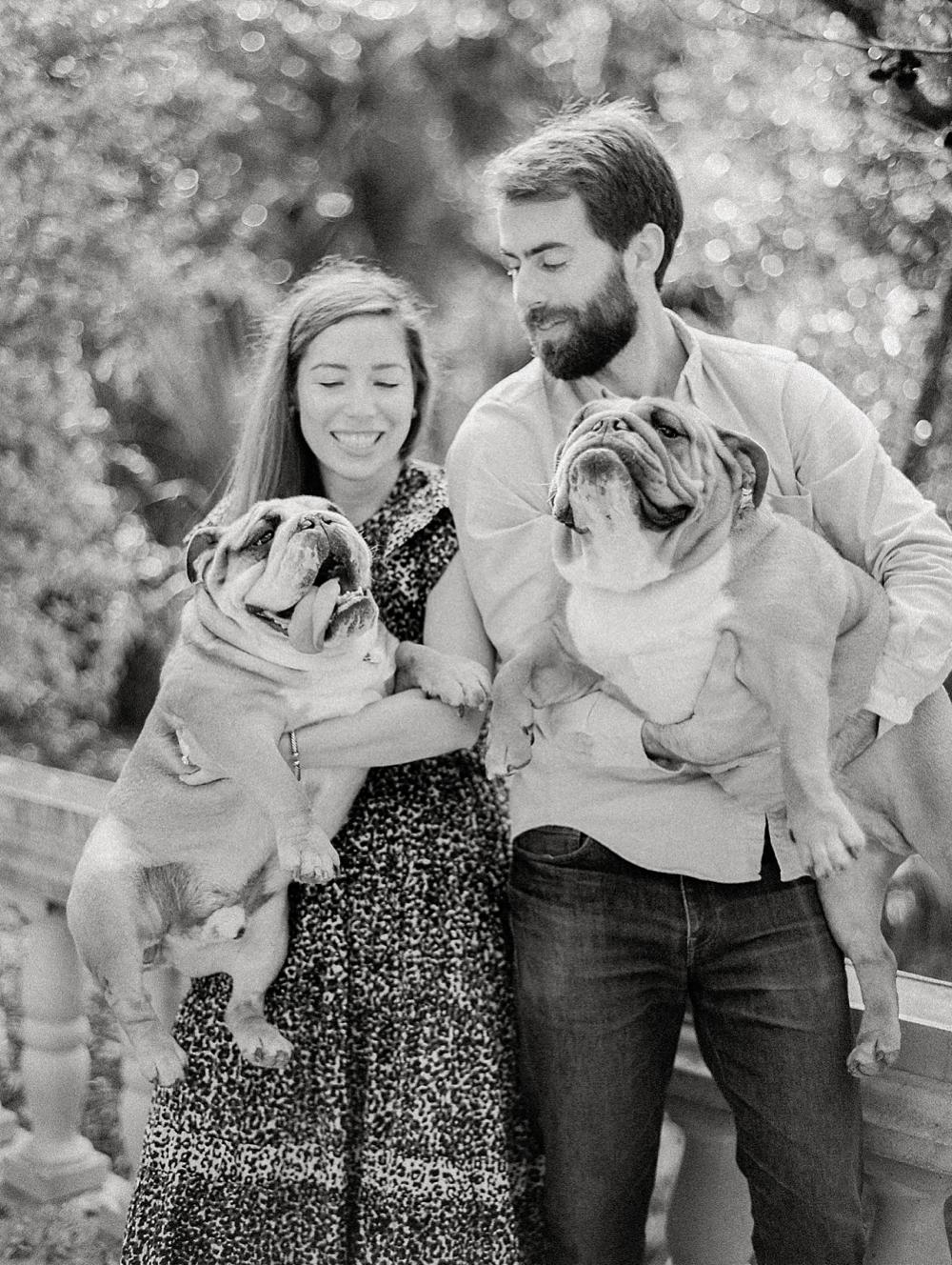 kristin-la-voie-photography-Austin-Wedding-Photographer-laguna-gloria-commodore-perry-estate-engagement-8