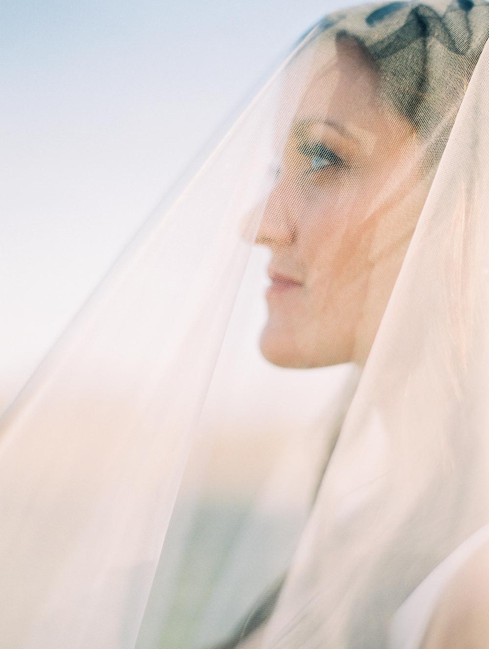 Kristin-La-Voie-Photography-austin-houston-texas-wedding-photographer-the-oaks-at-high-hill -6