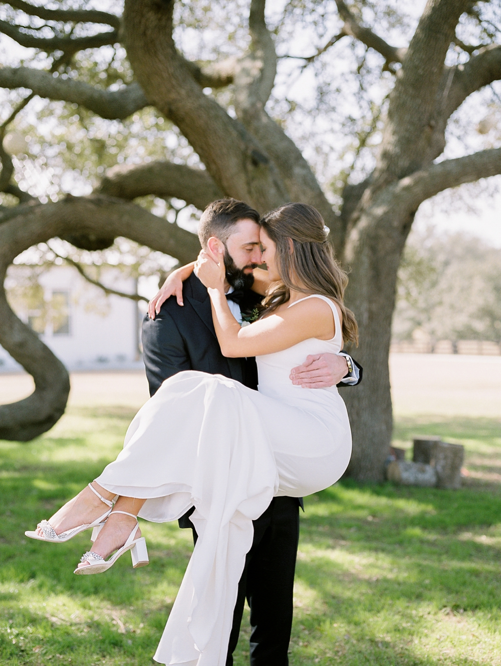 Kristin-La-Voie-Photography-austin-houston-texas-wedding-photographer-the-oaks-at-high-hill -256