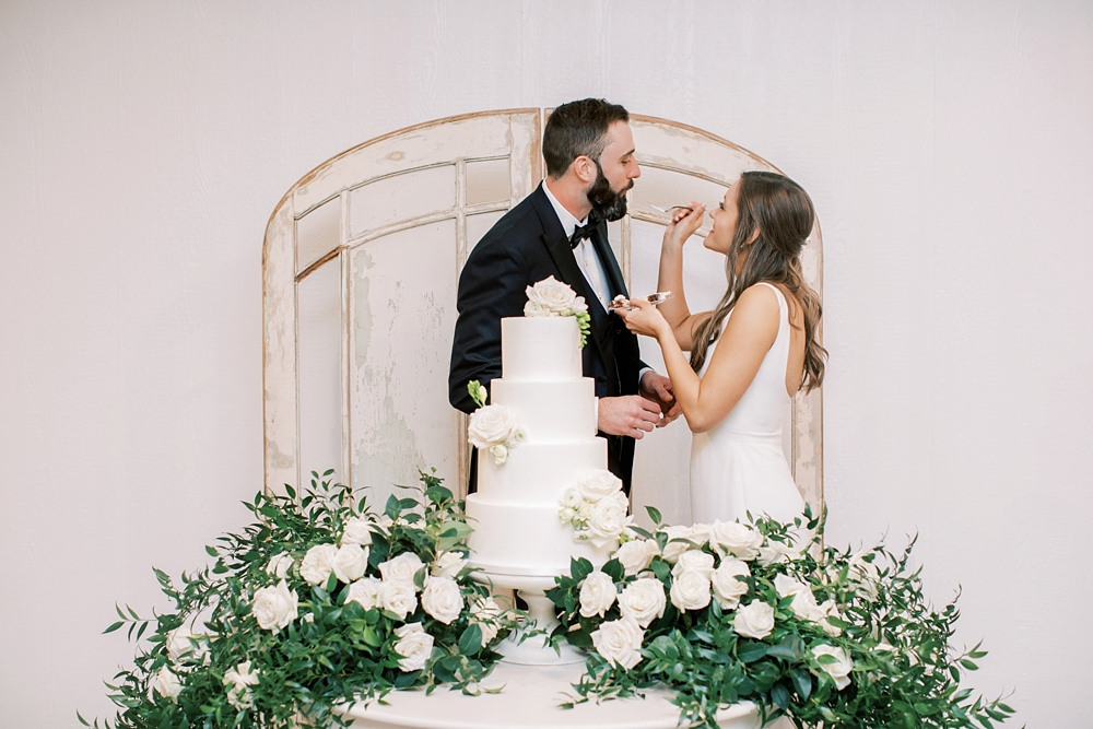 Kristin-La-Voie-Photography-austin-houston-texas-wedding-photographer-the-oaks-at-high-hill -390