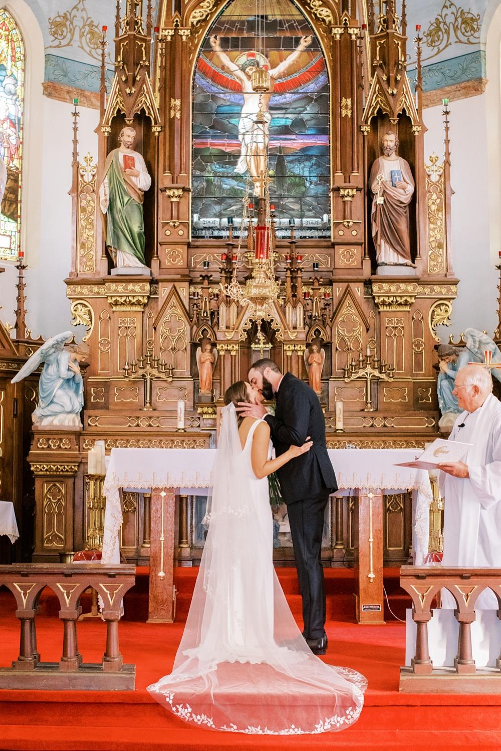 Kristin-La-Voie-Photography-austin-houston-texas-wedding-photographer-the-oaks-at-high-hill -79