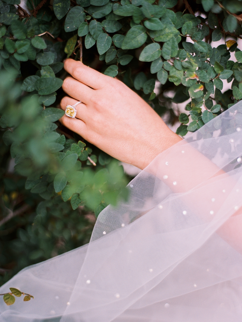 kristin-la-voie-photography-Austin-Wedding-Photographer-Villa-Antonia-175
