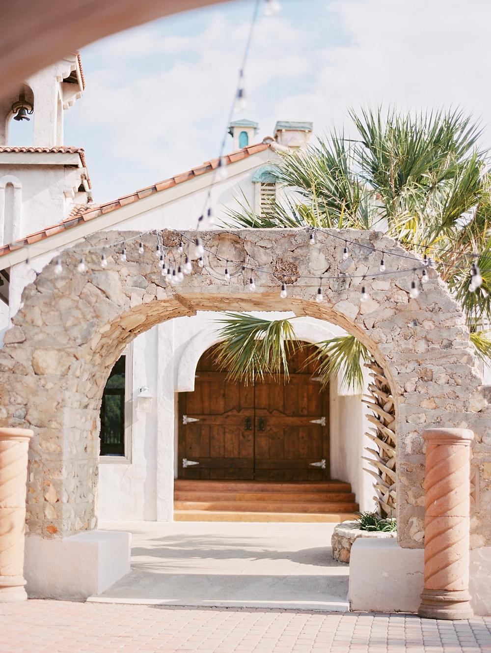 kristin-la-voie-photography-Austin-Wedding-Photographer-Villa-Antonia-301