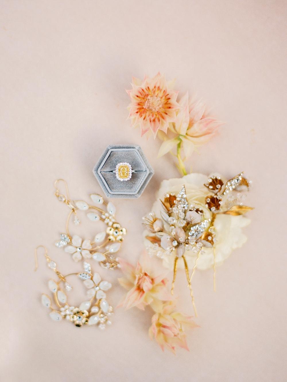 kristin-la-voie-photography-Austin-Wedding-Photographer-Villa-Antonia-302