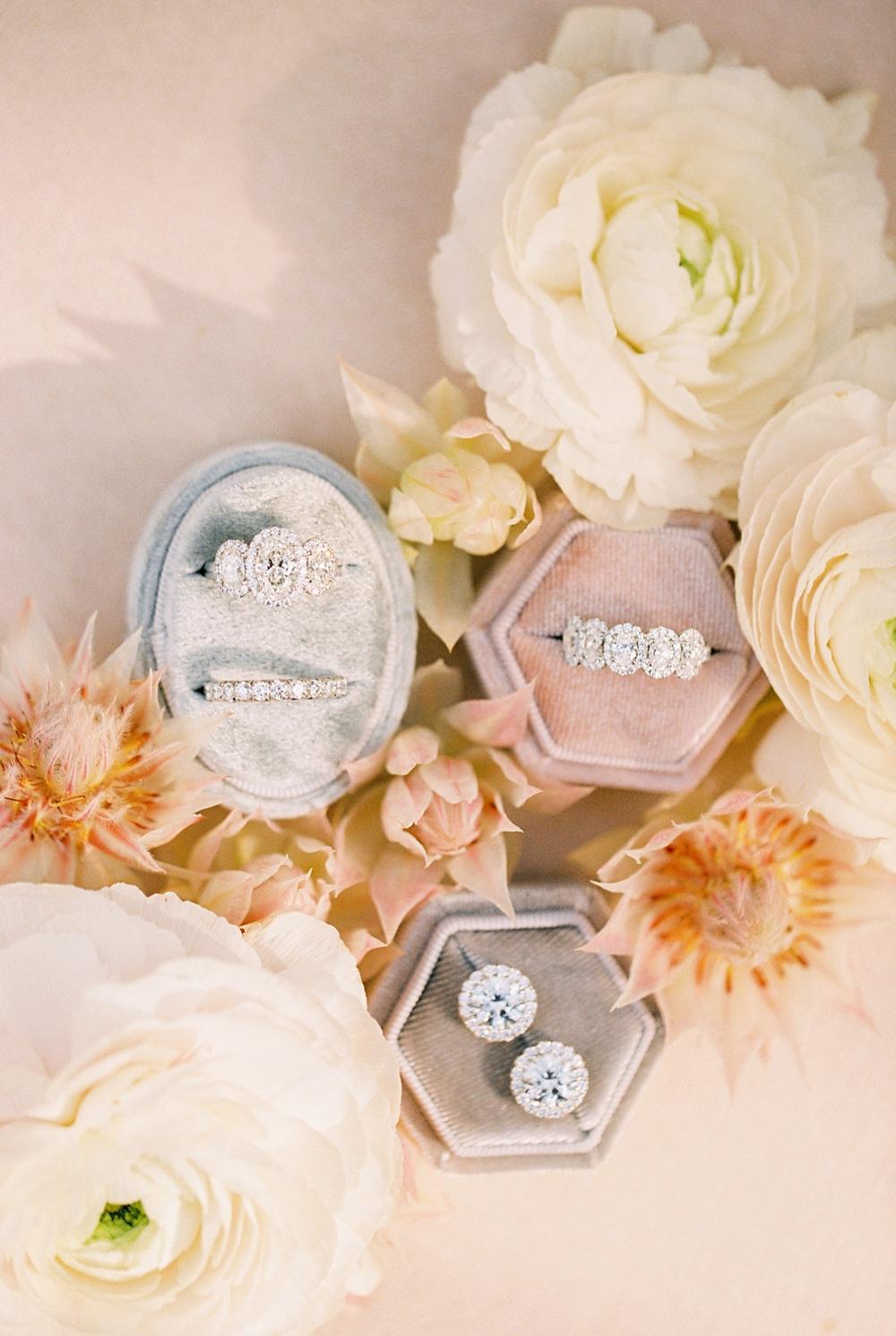 kristin-la-voie-photography-Austin-Wedding-Photographer-Villa-Antonia-80