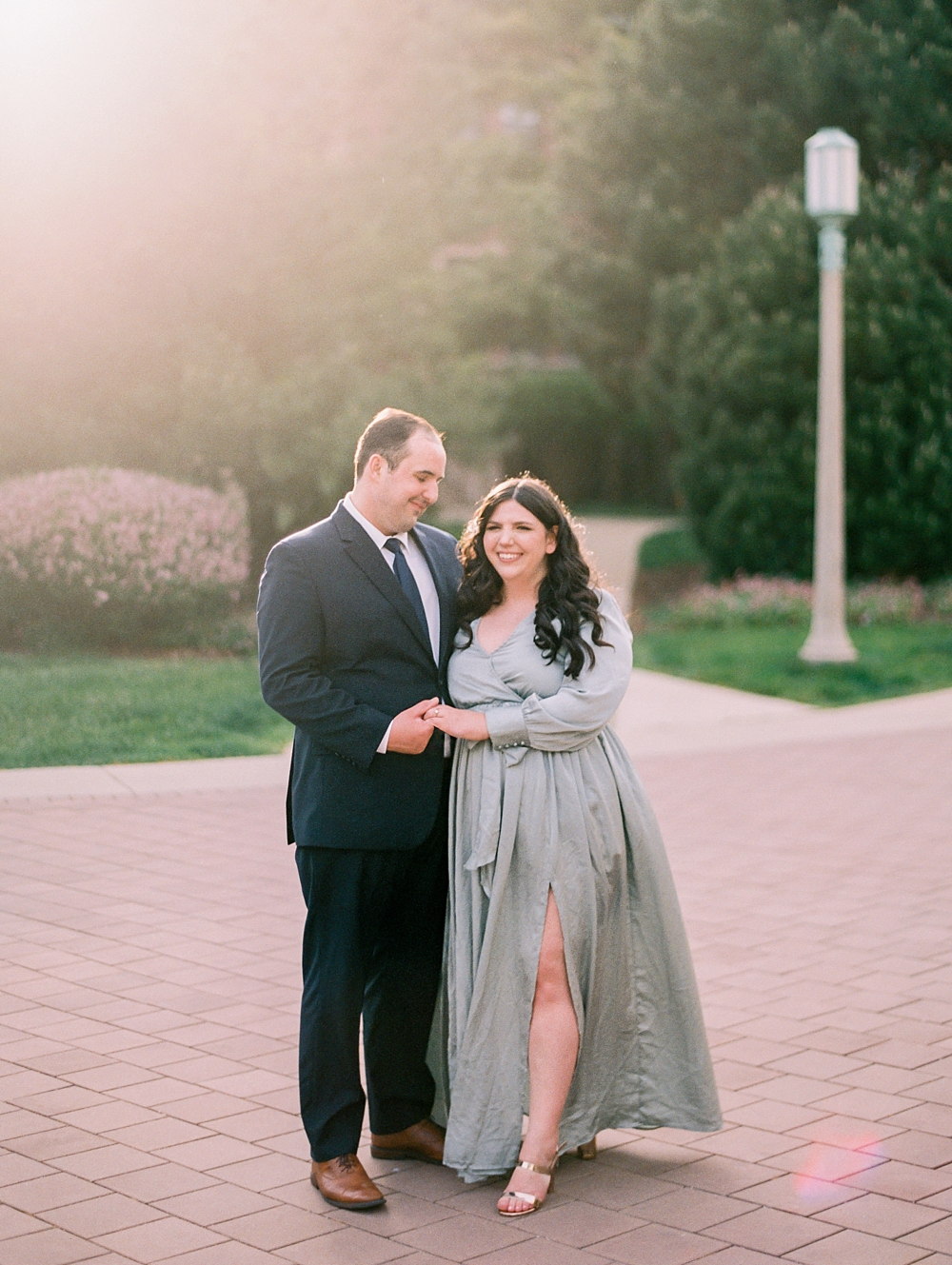 kristin-la-voie-photography-chicago-wedding-photographer-loyola-engagement-1
