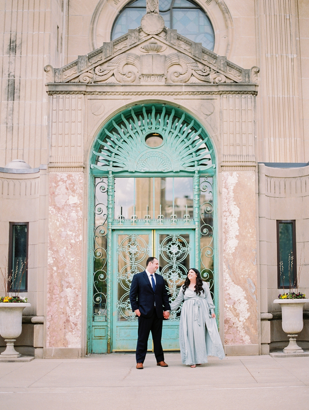 kristin-la-voie-photography-chicago-wedding-photographer-loyola-engagement-25