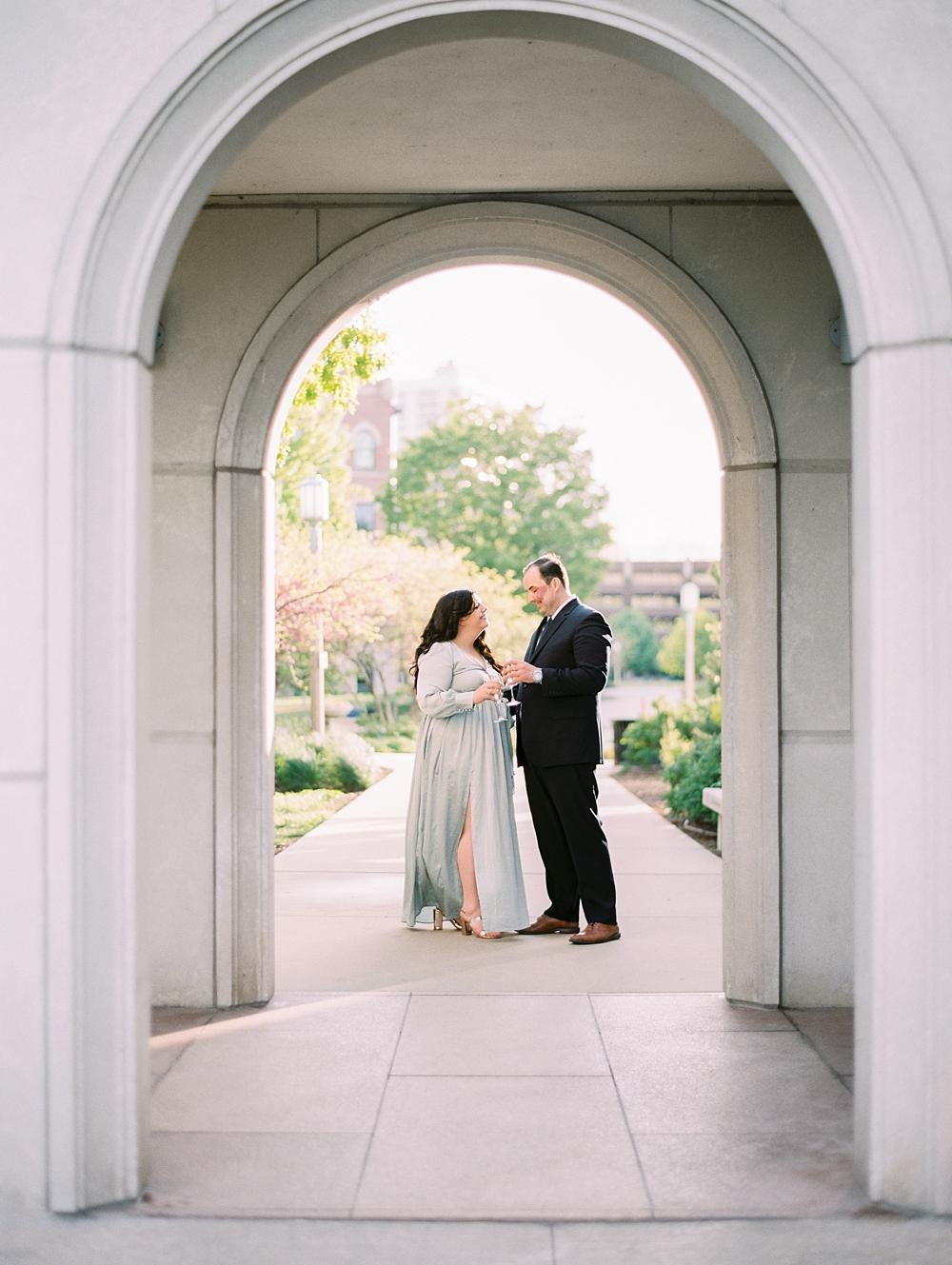 kristin-la-voie-photography-chicago-wedding-photographer-loyola-engagement-28