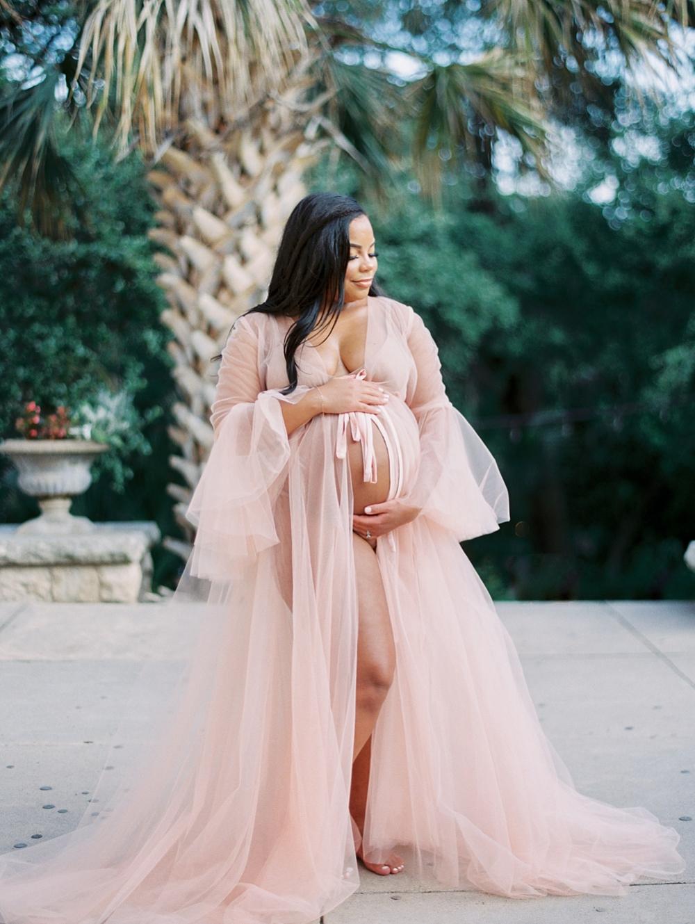 kristin-la-voie-photography-Maternity-Laguna-Gloria-Austin-Photographer-78