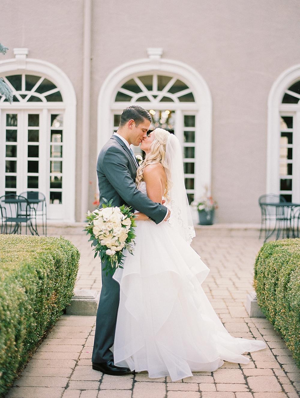 kristin-la-voie-photography-lehmann-mansion-wedding-photographer-85