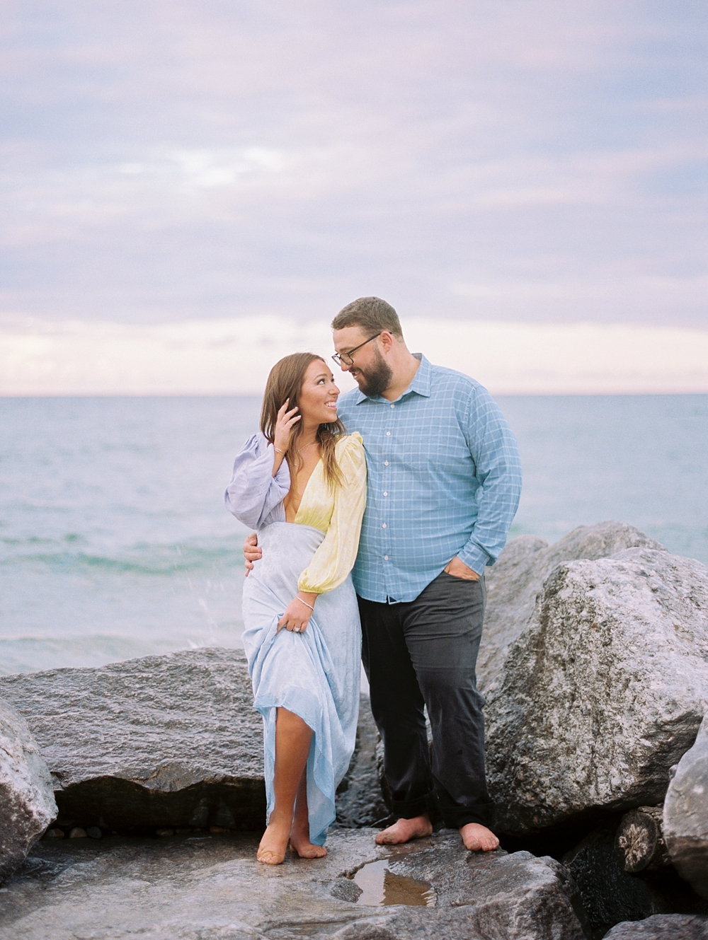 kristin-la-voie-photography-Chicago-Engagement-glencoe-beach-lake-michigan-1