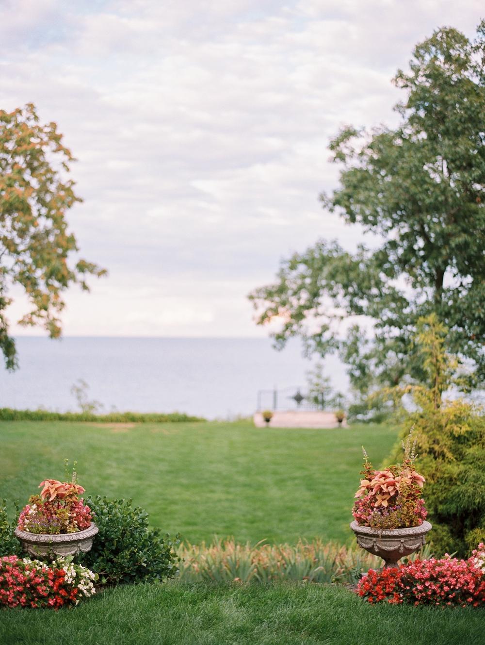 kristin-la-voie-photography-Chicago-Engagement-glencoe-beach-lake-michigan-100