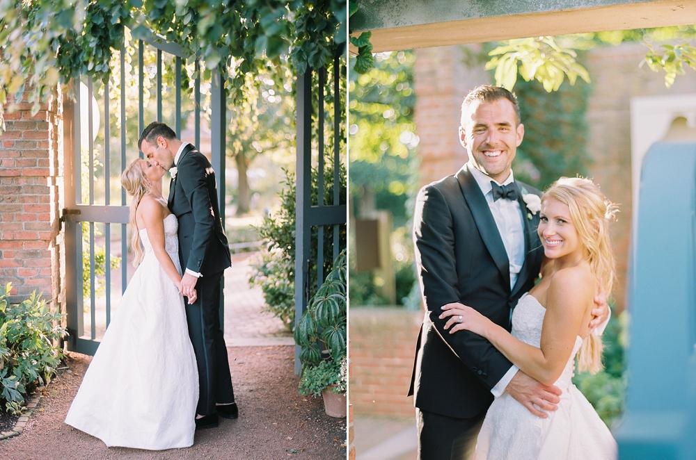 kristin-la-voie-photography-Chicago-Botanic-Garden-Wedding-8-29-21-278