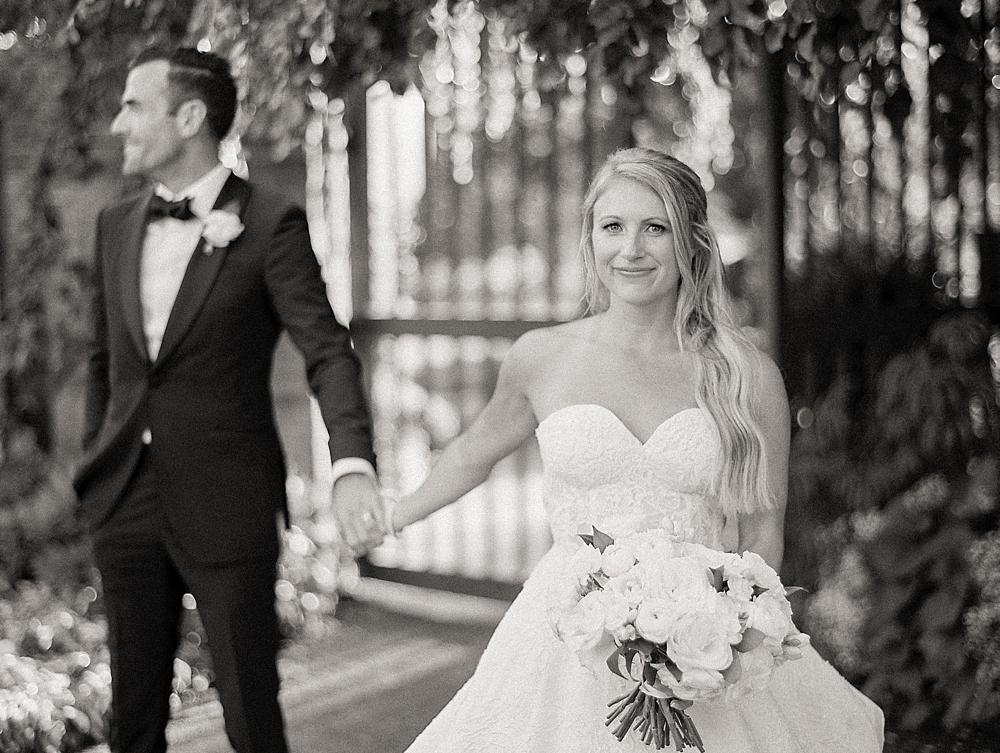 kristin-la-voie-photography-Chicago-Botanic-Garden-Wedding-8-29-21-288