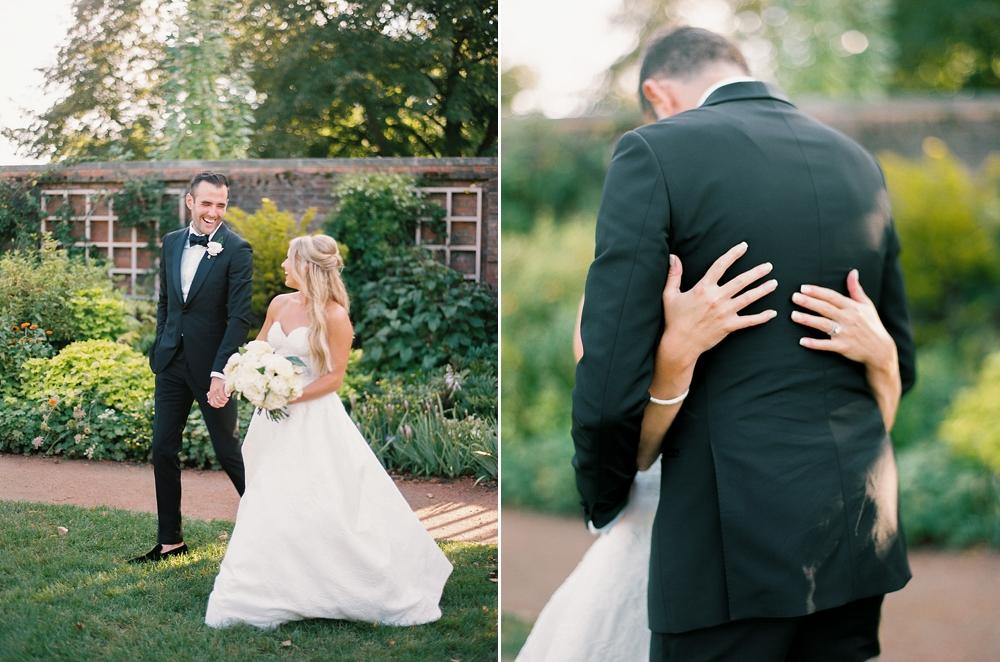 kristin-la-voie-photography-Chicago-Botanic-Garden-Wedding-8-29-21-290