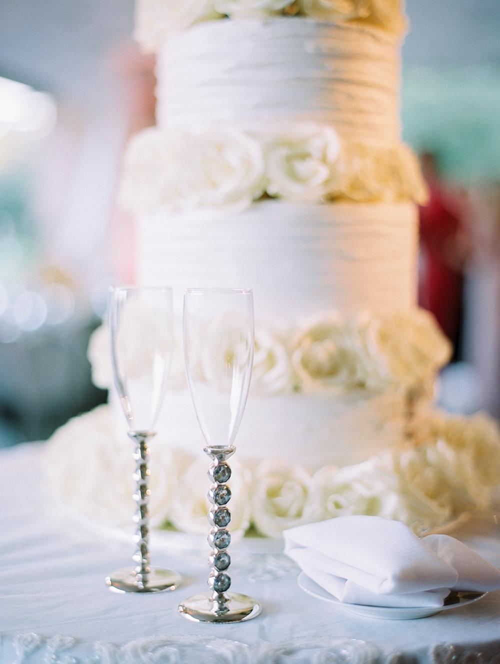 kristin-la-voie-photography-Chicago-Botanic-Garden-Wedding-8-29-21-328