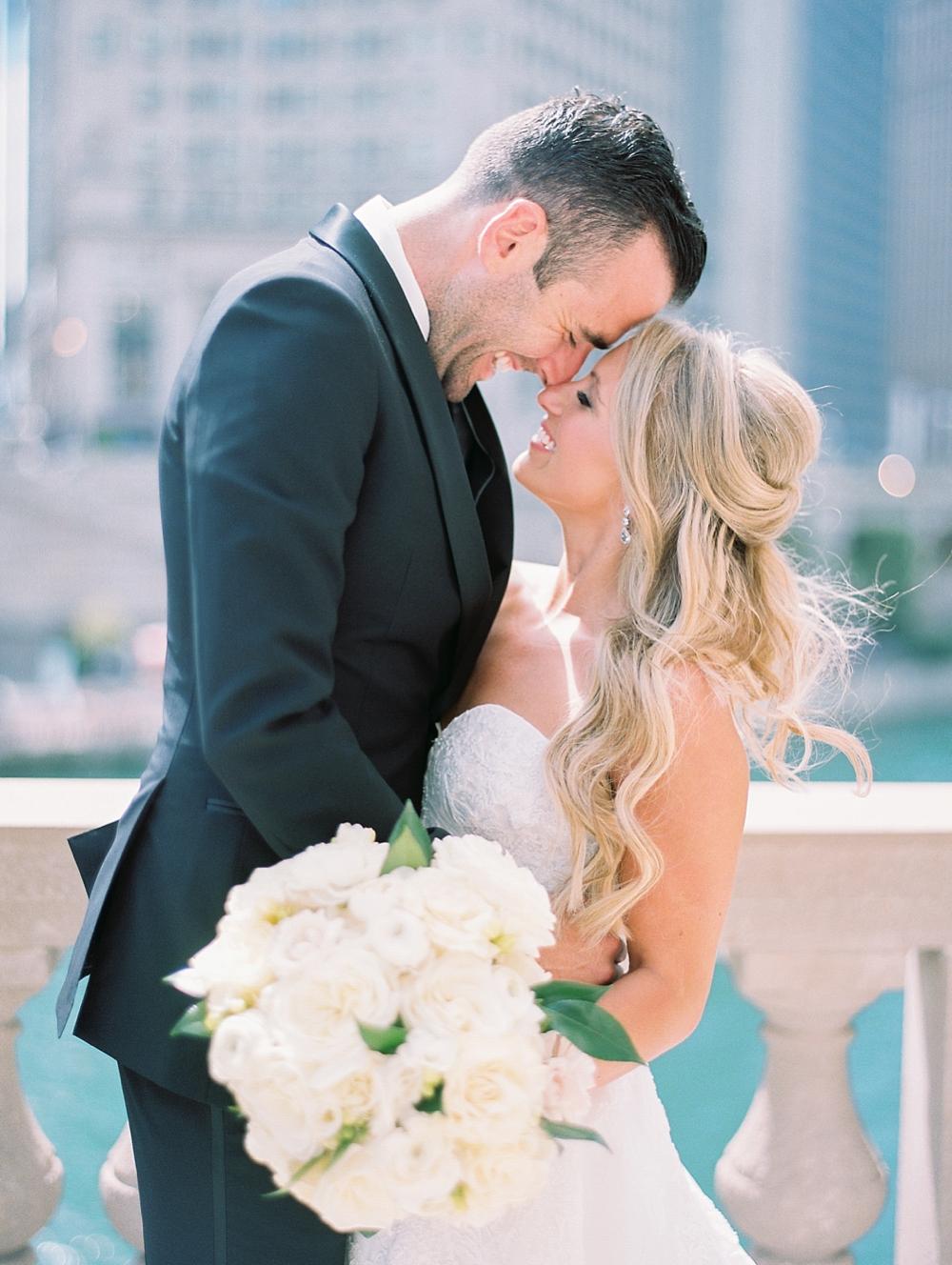 kristin-la-voie-photography-Chicago-Botanic-Garden-Wedding-8-29-21-74