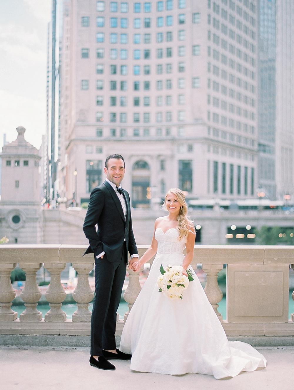 kristin-la-voie-photography-Chicago-Botanic-Garden-Wedding-8-29-21-78